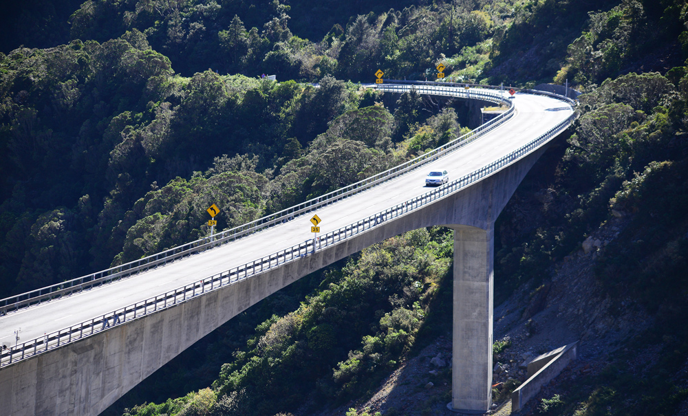 No.15   Cross view of Otira Viaduct