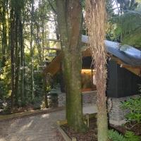 Kiwi House entrance Nikon Imaging